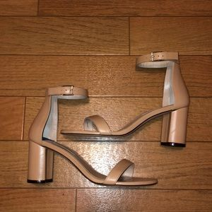 Perfect condition nude Stuart Weitzman heels